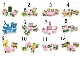Zimmermöbel online-12 stil Simulation Miniatur Holzmöbel Spielzeug Puppenhaus Holz Möbel Set Puppen Baby Zimmer Für Kinder Spielen Spielzeug Möbel Für Puppen L