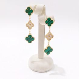 Ágata foliar on-line-2019 classic stud earrings personalidade 2019 novo designer natural preto e branco shell ágata quatro folhas brincos de flores