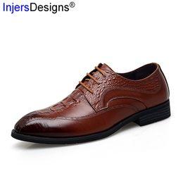 nouveau habiller les hommes Promotion Nouvelle Arrivée Hommes Robe Chaussures Qualité Véritable En Cuir Hommes Chaussures Mode À Lacets En Cuir En Relief En Cuir Zapatos De Hombre Taille38-44