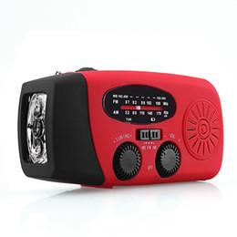 Lanterna lanterna led dynamo on-line-O dínamo móvel da manivela do rádio multifuncional da mão pôs a lanterna elétrica do diodo emissor de luz da emergência do uso de rádio do tempo AM / FM / NOAA e o banco do poder