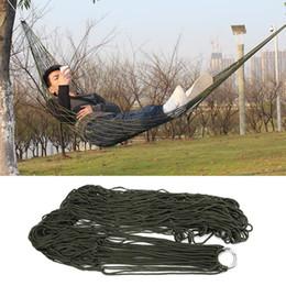Gli amache della rete mesh online-Amaca da campeggio portatile da giardino Outdoor Camping Travel Furniture Mesh Hammock Sedia Swing Bed Nylon Hang Net Rope net