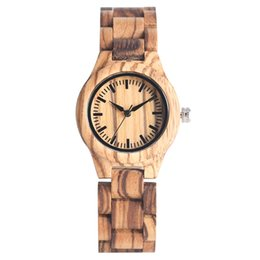 Correa de reloj de cebra online-Original Grano Cebra Reloj de madera para mujeres Clásico Reloj de cuarzo esfera redonda Relojes de madera de alta calidad Natral Reloj de pulsera de madera
