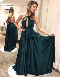 2019 voller federrock Jägergrün billig eine Linie Ballkleider Neckholder Backless bodenlangen High-Side-Split-formale Kleid-Abend-Kleider ogstuff Abendkleider