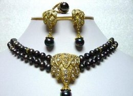 Canada Ensemble de bijoux pas cher pour femmes chics et jolies boucles d'oreilles en collier de perles noires supplier cheap platinum earrings Offre