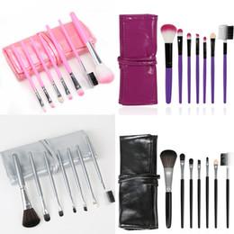 Rouler les cheveux en Ligne-7pcs fard à paupières maquillage pinceau kit cheveux synthétiques maquillage sourcil rougir lèvre cosmétique brosse outil ensemble sac de roulement rose noir argent violet