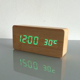 2019 melhor bateria usb Melhores Relógios high-end, Termômetro Relógio LED Digital Voice relógio de mesa, 13 cores Relógio Digital Bateria / USB Power melhor bateria usb barato