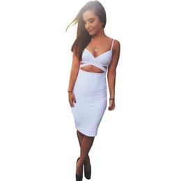 Buena calidad Primavera Verano 2019 Mujer Color sólido Recorte Sexy Vestido de eslinga con paquete lumbar Hip Club Vestido S M L XL desde fabricantes