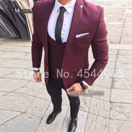 Nuevas llegadas por encargo Borgoña Novio Esmoquin   trajes de boda para  hombres 3 piezas trajes terno masculino (chaqueta + pantalones + chaleco) 88978f01ac1