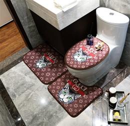 Alfombras de rayas online-Tiger Stars Imprimir Alfombra de Moda Baño Closestool Cubierta 3 Unidades Animal Diseño de la raya Esteras de Baño Para Accesorios de baño