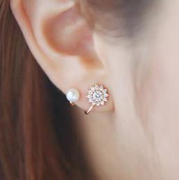 2019 boucles d'oreilles de perles de couleur Fashion Lady Stud Earring Gift Femmes Faux Perle Strass Incrusté Oreille Crochet Boucles D'oreilles Bijoux Décor 3 Couleur (E404 E405 E406) boucles d'oreilles de perles de couleur pas cher