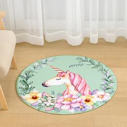 2019 tapetes de mesa amarela Cetada Rosa Unicórnio Rodada Tapete Sala de Estar Mesa de Café Flamingo Esteiras Quarto Cadeira Esteiras de Banho Não-Deslizamento À Prova D 'Água desconto tapetes de mesa amarela