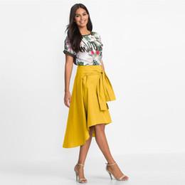 26d8cfd9b8 Faldas largas de verano para mujer Cintura alta acampanada longitud de la  rodilla Falda del patinador de las señoras camisa falso ocasional falda  asimétrica