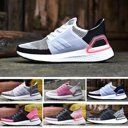 Pattino di sport di modo degli uomini online-20119 nuovo ultraboost 5.0 ultra boost 19 designer di lusso di marca trainer Primeknit Runner fashion Running sneaker scarpe sportive per uomo donna