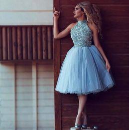 Noite curto vestidos de cocktail de tule on-line-2019 Sky Blue Cristal Frisada A Linha Curto Homecoming Vestido Barato Halter Tulle Partido Cocktail Dress Formal Evening Prom Dresses