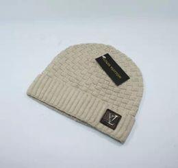 cappelli di lana di animali dei capretti Sconti cappelli Lettera casuale cappello di lana autunno inverno unisex di moda 2019 di nuovo arrivo per gli uomini donne