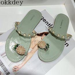 2019 zapatillas dedos calientes Zapatillas de mujer New hot 2019 summer fashion color sólido sexy toe cómodo flat bottom round beach zapatillas femeninas a049 rebajas zapatillas dedos calientes