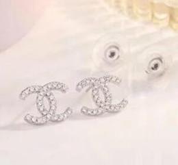Orecchini a lobo per le donne 2019 nuovo Lusso boho bianco Zircone Ciondola gli orecchini in oro placcato argento Vintage gioielli geometrici all'ingrosso 5623 da