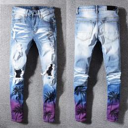 Nuevos jeans patrón chicos online-NUEVA Moda para hombre Skinny Jeans Ripped Slim fit Stretch Denim Distress Frayed Jeans Boys Patrones bordados Pantalones lápiz