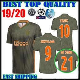 81b250260a ... Ajax Camisolas de Futebol Liga dos Campeões longe de laranja verde 2019  2020   10 TÁTICA   21 DE JONG   4 DE LIGT   22 ZIYEC uniforme de futebol  camisas