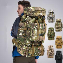 Army backpacks on-line-6 estilos 70L Camo Tático Mochila Militar Do Exército À Prova D 'Água Caminhadas Mochila de Viagem Mochila de Viagem Ao Ar Livre Saco de Escalada Esportes FFA1968