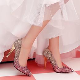 Весенняя мода кристаллы белое золото розовый свадебные туфли блеск 3 дюймов средний каблук свадебные туфли партия Пром обувь женщины Бесплатная доставка размер 7 от