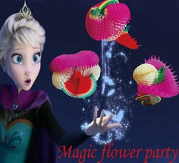 Guirnalda de juguetes online-Magic Paper Pull Flower Guirnalda de flores de papel Trucos mágicos Props Juguetes para la etapa Comedia Baby Kids Regalo educativo Favor del partido GGA1929