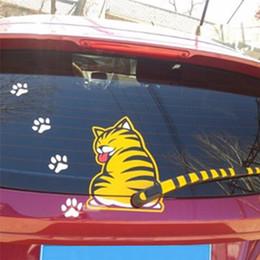 katze aufkleber auto fenster Rabatt Katze Moving Tail Paws Auto Aufkleber 3D Kreative Cartoon Auto Heckscheibe Fahrzeug Scheibenwischer Aufkleber Styling Dekoration Aufkleber
