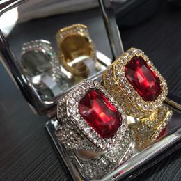 2019 anel de cabeça de ouro indiano Hip Hop Iced Out Anel Completo Strass Quadrado Azul Vermelho Verde Gem Cristal Anéis Do Punk Jóias