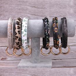 2019 men s gold onyx bracelets Самые продаваемые кожаные браслеты для ключей Браслет из искусственной кожи с цветочным леопардовым браслетом Браслет Big O Брелок Браслеты для браслетов Браслеты