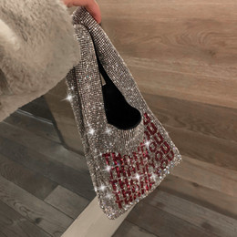 Argentina Bolso de lujo 2019 nuevo diseño de moda Brillante diamante letras bolso de mano Bolso del partido de tarde de las muchachas Moda bolsos ocasionales monedero cheap new purse design diamond Suministro