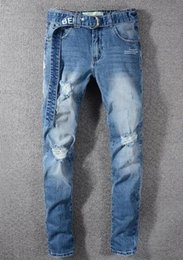 Mens branco calça jeans on-line-Jeans Buraco dos homens Angustiado Rasgado Skinny Designer Jeans Slim Motocicleta Moto Motociclista Causal off Mens Denim Calças Jeans Hip Hop branco Azul