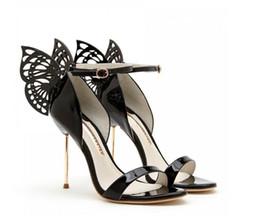 Женская мода новый 2019 софия вебстер бабочка крылья сандалии гладиатор высокие каблуки ремешок на щиколотке шпильки вечернее платье сандалии zapatos mujer supplier zapatos stilettos от Поставщики zapatos stilettos