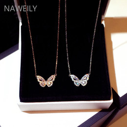 Destello corto online-New Fashion Korean Pendant Necklaces Trend Exquisite Super Flashing Rhinestone Butterfly Clavicle Short Necklace