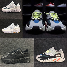 5246c0e7f4282 2018 High Quality Wave 700 Shoes Real Womens Mens sport Shoes Design By Kanye  West Season 700s casual Sneakers size 36-45 Christmas gift