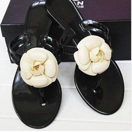 Geléia sandália sapatos flor on-line-Nova marca de verão das mulheres chinelos florais femininos das mulheres do desenhador chinelos flores chinelos sandálias pvc Geléia Sapatos de praia sapatos 36-40