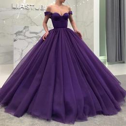 Vestidos largos de quinceañera, púrpura y esponjoso, vestido de fiesta de tul vestido de fiesta de celebridad en dubai, vestido de fiesta de celebridades en Dubai, fuera del hombro, cariño desde fabricantes