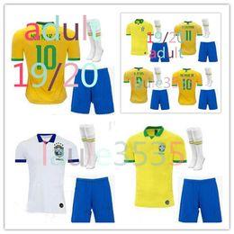 Argentina 2019 Brasil hogar Kit adulto Fútbol Jersey 19 20 Brasil amarillo FIRMINO MARCELO G.JESUS P.COUTINHO camisetas de fútbol + calcetines cortos cheap yellow brazil home soccer jersey Suministro