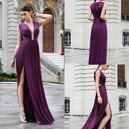 tief lila formale kleider Rabatt Cristallini Dark Purple Abendkleider Tiefer V-Ausschnitt Chiffon Side Split Prom Kleider Plus Size Abendkleider Abendkleid Robes de Soirée