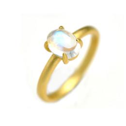 2019 ouro chinês barato Qualidade superior arco-íris natural moonstone oval 925 anel de prata esterlina