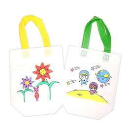 Tessuto disegnato online-Borsa da scuola materna Toddler Coloring Training Pittura Borse per la conservazione Bambini Disegno Graffiti Bag Tessuti non tessuti Regalo di Natale 0 5jkC1