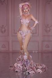maxi kleid muster für frauen Rabatt Rosa blumenmuster strass langes kleid frauen modelle laufsteg durchsichtiges schleppkleid geburtstagsfeier sänger party hochzeit kostüm