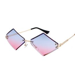 2019 occhiali da sole piccoli uomini quadrati New Fashion Diamond Sunglasses Vintage Women Design originale Small Square Occhiali da sole Uomo donna UV400 Shade sconti occhiali da sole piccoli uomini quadrati