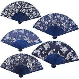 tecido chinês para flores Desconto Projeto da flor Estilo Chinês Ventilador Da Mão Tecido Azul Com Tingido De Bambu Azul Quadro Wedding Party Favor