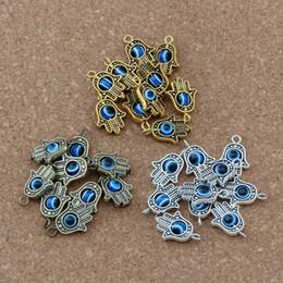 Brincos olhos azuis on-line-90 pcs Mão Hamsa Blue eye bead Kabbalah Boa Sorte Charme Pingente de Jóias DIY Fit Pulseiras Colar Brincos 18.2x12.8mm 3 cor A-372