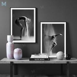 Pôsteres dança on-line-Arte da parede da sala de estar Preto e Branco Elegante Ballet Dance Poster Prints Foto Estilo Nórdico Menina Retrato Da Arte Da Parede Pictures Home Decor