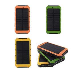 Carregadores de carro solares on-line-5000mAh Solar IP4X4 Waterproof PowerBank Bateria dupla Externa 5000 mAh banco USB Power Carregador para telefones celulares Car Charger