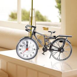 2019 números de época Moda numeral do vintage padrão de bicicleta retro relógio de mesa de alarme home decor presente desconto números de época