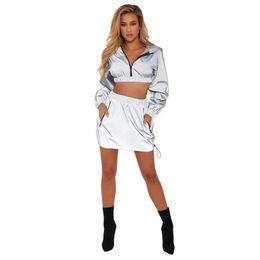 2019 taille plus jupe deux pièces Mesdames Sexy Set couleur unie, plus la taille capuche courte fermeture à glissière taille haute jupe courte réfléchissante deux pièces la plus récente taille plus jupe deux pièces pas cher