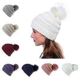 Diseñador invierno sombreros damas online-Invierno Mujeres Gorro de punto Cálido grande en Ladies Skull Beanie Solid Crochet Ski hat Sombrero de fiesta al aire libre Designer hatT2C5082