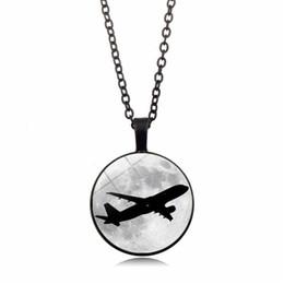 Aereo di vetro online-New Fashion Accessories Airplane Moon Time Collana con pietre preziose Collana a cupola in vetro con pendente catena maglione all'ingrosso